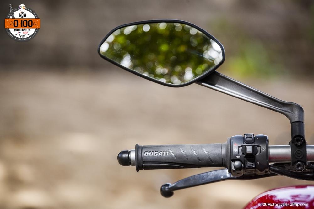 Ducati Monster 821 (013)