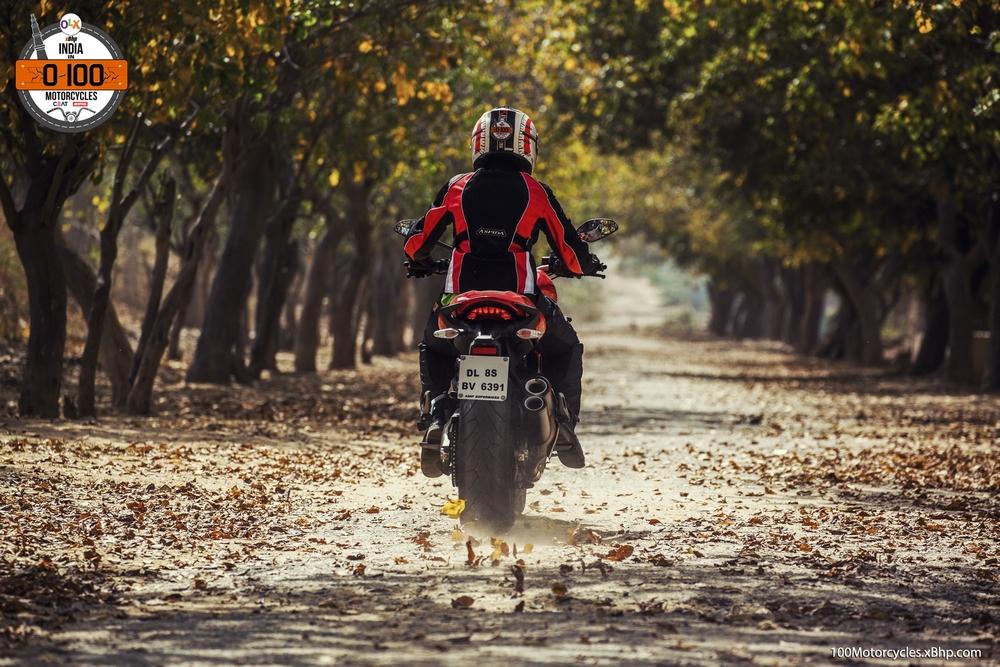 Ducati Monster 821 (020-1)