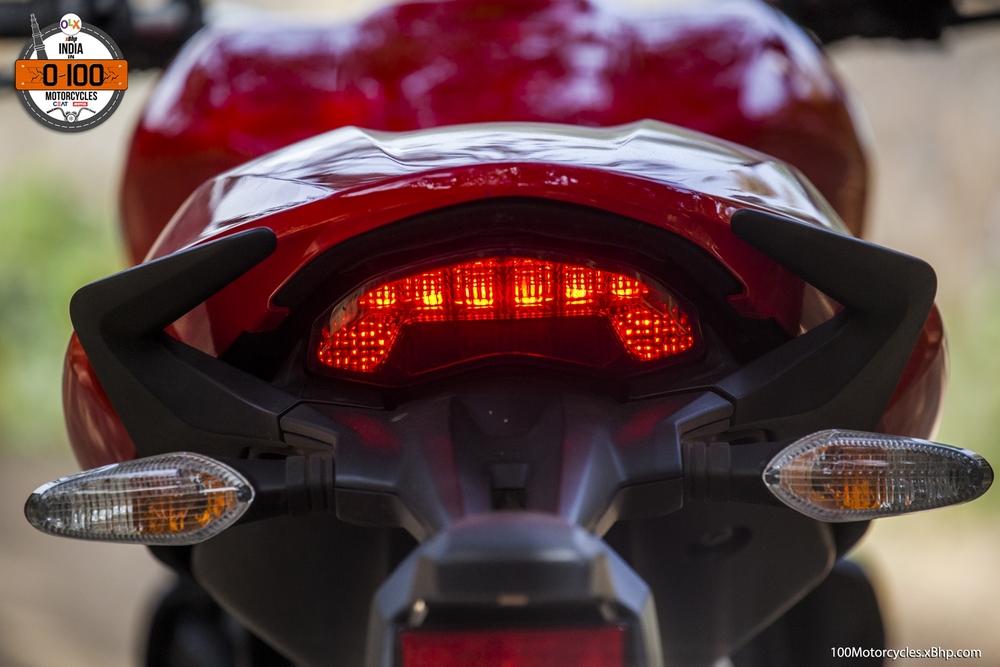 Ducati Monster 821 (021)