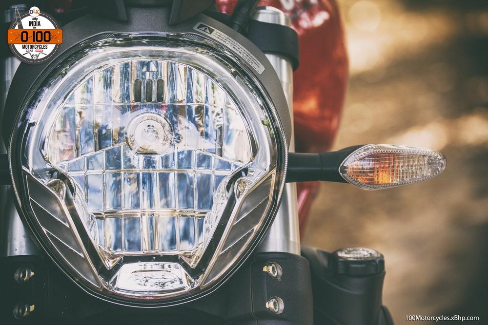 Ducati Monster 821 (09)