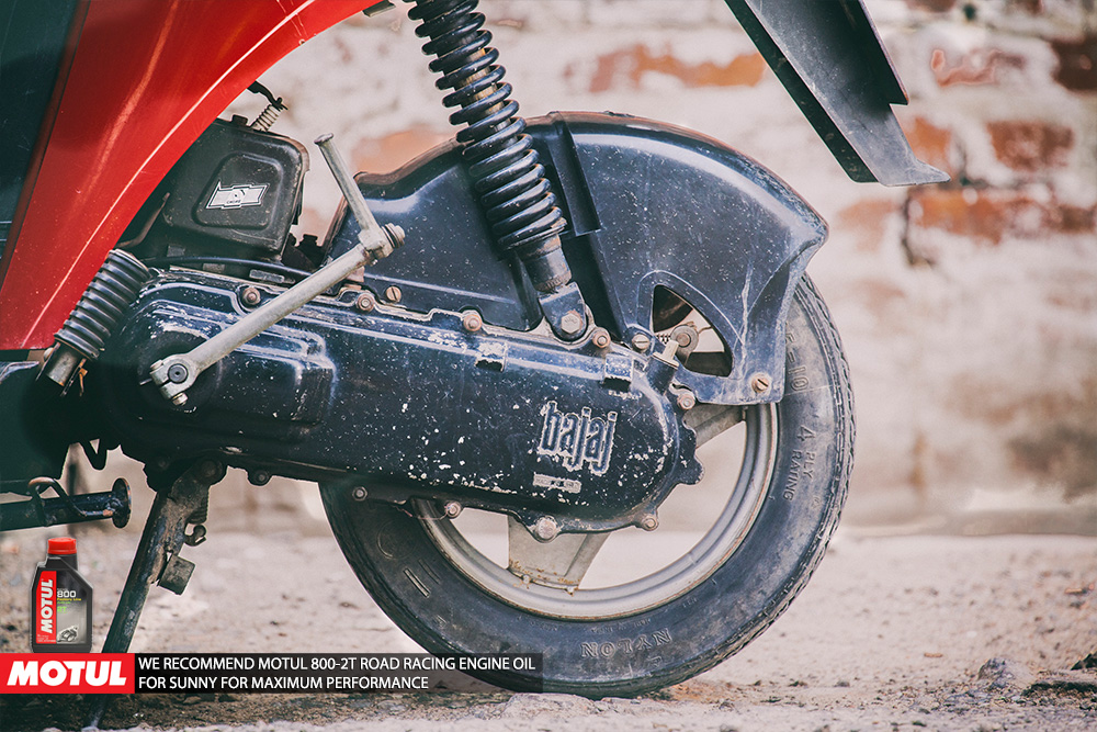 Bajaj Sunny – Toy for a scooter! - xBhp Presents India in 0